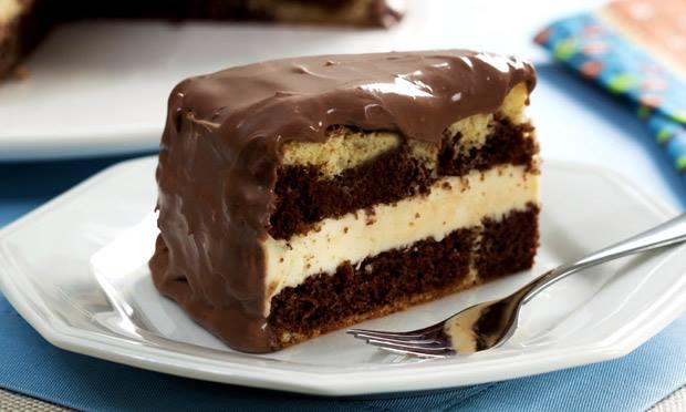bolo trufado de chocolate com maracuja