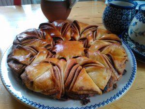 receita-como-fazer-pao-brioche-estrela-flor-de-nutella-4