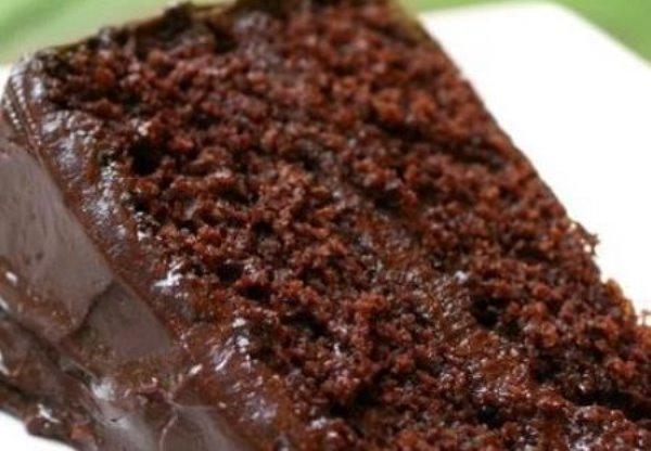 Bolo-molhadinho-e-gelado-de-chocolate-3