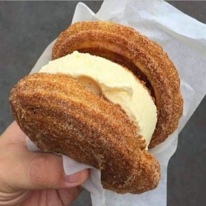sanduiche de churros