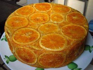 bolo invertido de laranja
