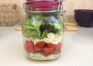 salada italiana fit no pote