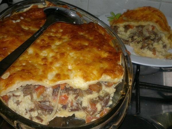 torta-de-mandioca-com-carne-seca