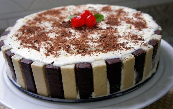 sobremesa de natal: torta de bis com sorvete