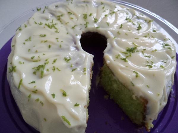 bolo de limao com iogurte e gelatina3