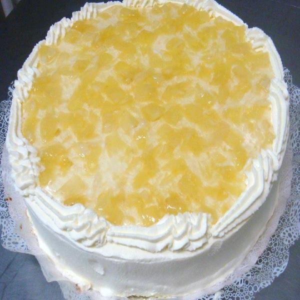 bolo de abacaxi com creme