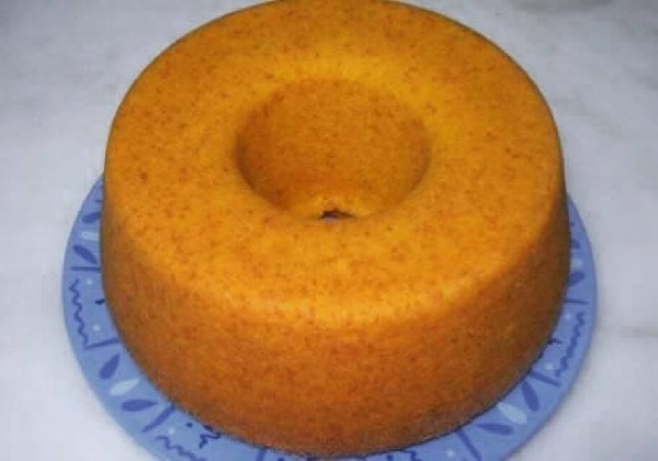 bolo de cenoura facil e fofinho