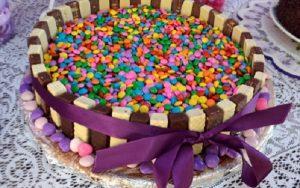 torta de bis com mms11