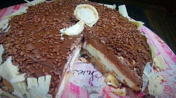 torta mousse de leite ninho com chocolate