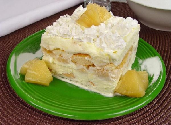pavê de abacaxi com sorvete - uma sobremesa rápida para o natal