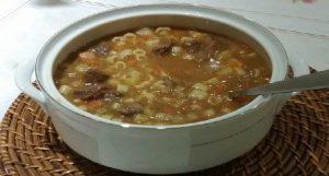 sopa de legumes com macarrao