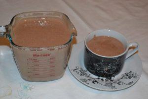 chocolate quente cremoso com 3 ingredientes