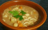sopa de feijão com macarrao