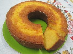 bolo de milho com laranja