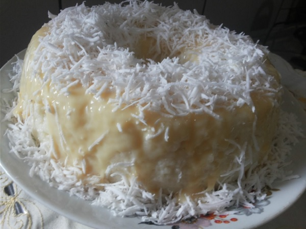 bolo de tapioca gelado