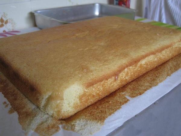 Pão de ló leve e fofinho