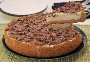 torta de limao com raspas de chocolate