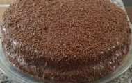 bolo de chocolate macio e delicioso