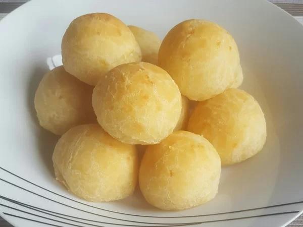 pao de queijo com batata