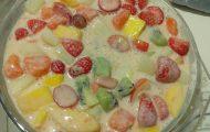 salada de frutas cremosa