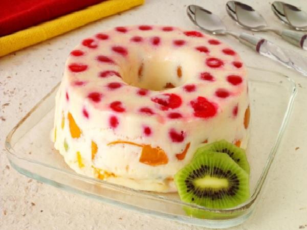 Pudim de Maria Mole Tropical (com Frutas)