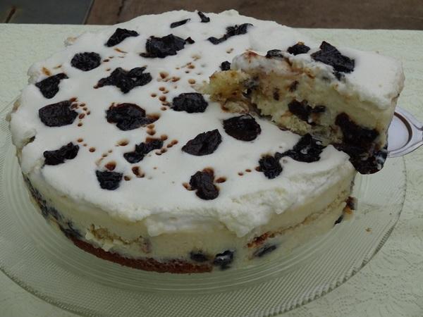 Torta de Coco com Ameixa
