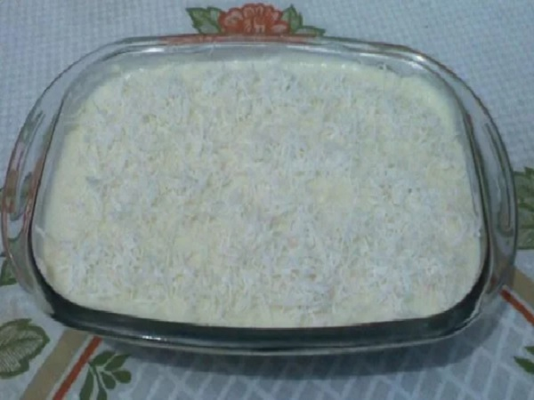 Torta de Abacaxi com Creme - Receita Toda Hora 40c5085a4d5
