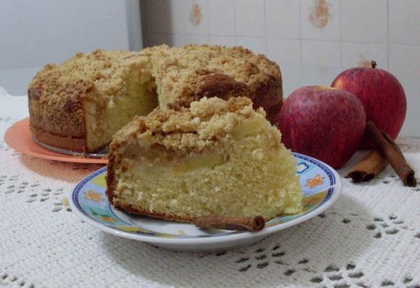 Torta de Maçã com Farofa Crocante