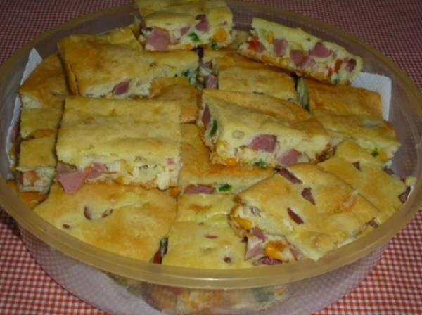 torta de salsicha simples e rápida