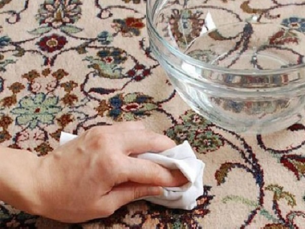 Como Tirar Manchas do Carpete