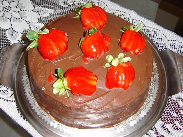bolo de chocolate suíço