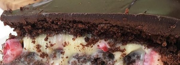 bolo de leite ninho com morango fit