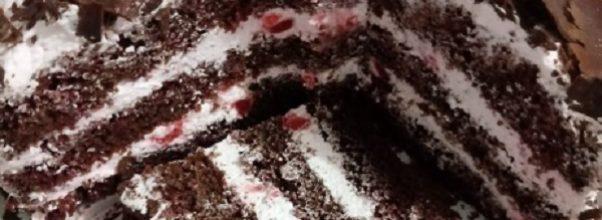 bolo floresta negra tradicional