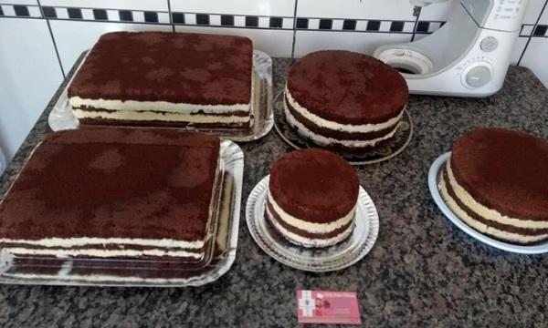 massa de bolo de chocolate