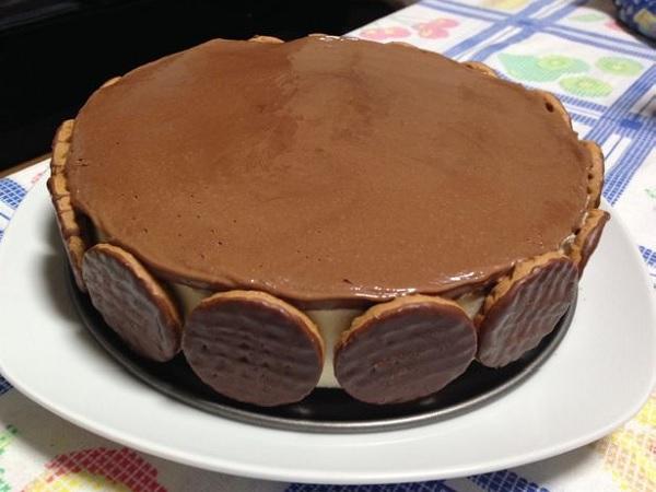 torta holandesa com nata