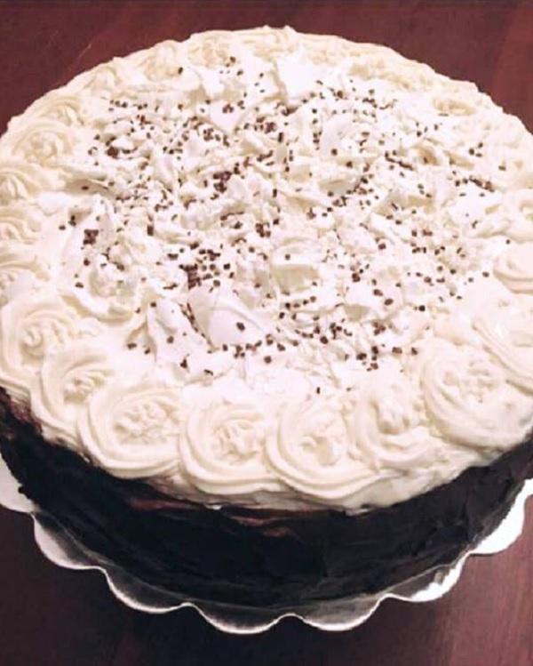 bolo de leite ninho com chocolate