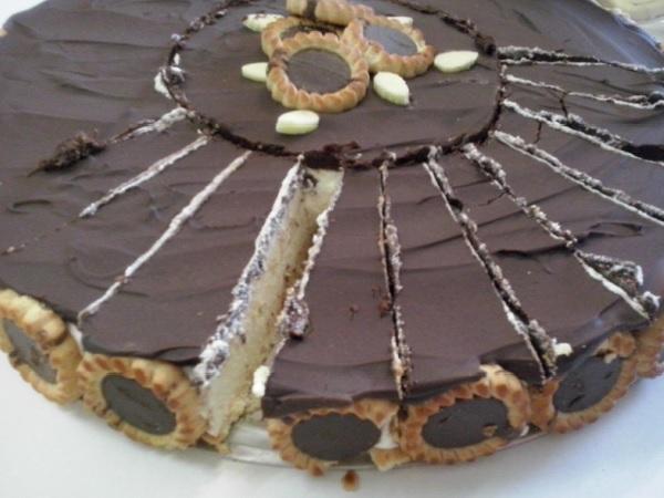torta holandesa com creme de leite fresco