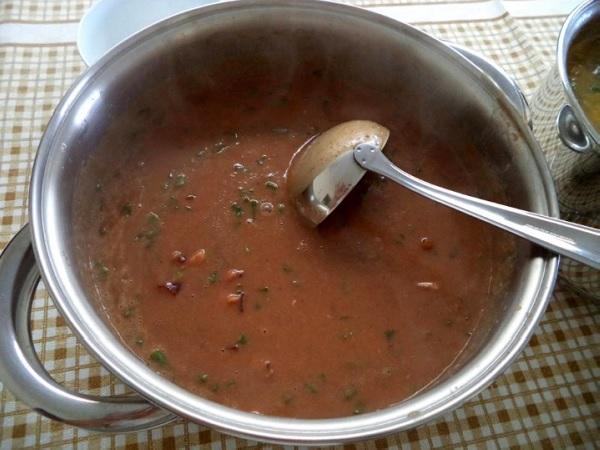 sopa de feijão cremosa